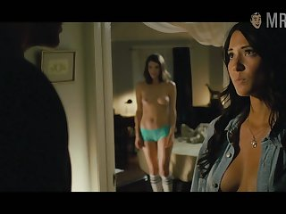 X men Psylocke Olivia Munn showing some breakage in a hot compilation