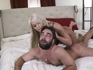 MILF domme uses her sex slave be worthwhile for her react to pleasure