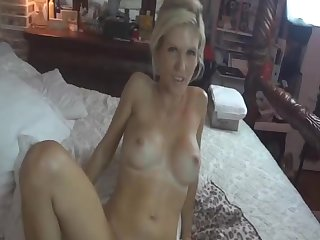 Thirsty thirty wife with king size knockers fucked on the bed