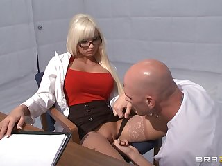 Horny tow-headed Rikki Six takes a dick in her mouth coupled with love hubble-bubble