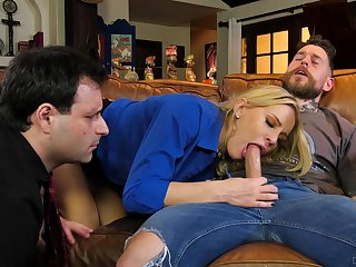 Hubby watches how on earth his wife goes full mode in cuckold