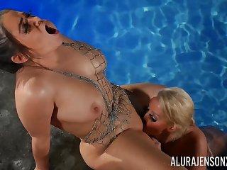 Alix Lovell And Alura Jenson - Lesbian Porn