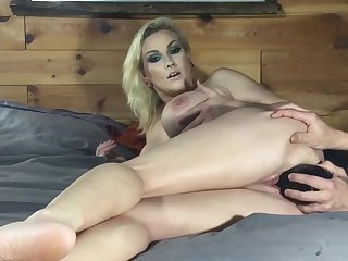 Huge Pussy Stretchingdouble Fisting - Lilyskye